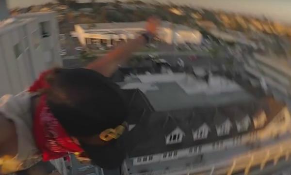 Видео экстремального прыжка собрало миллион просмотров за 3 дня