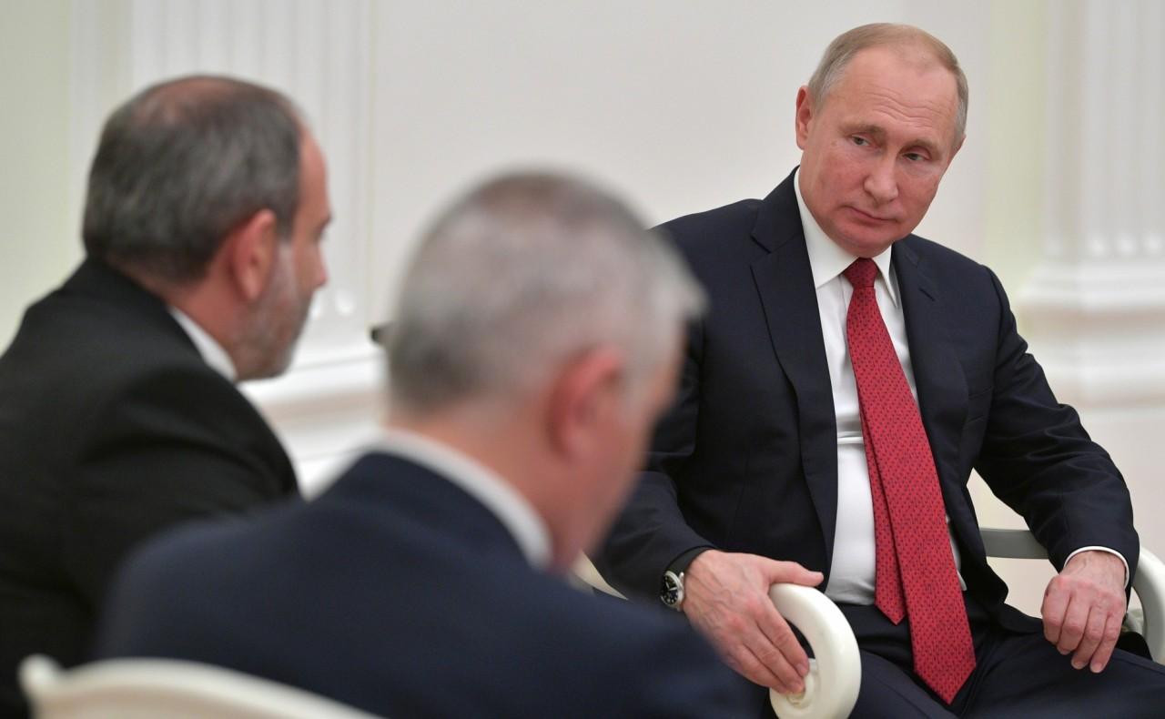 Путин пошел в атаку по всем фронтам: после Лукашенко «под раздачу» попал Пашинян