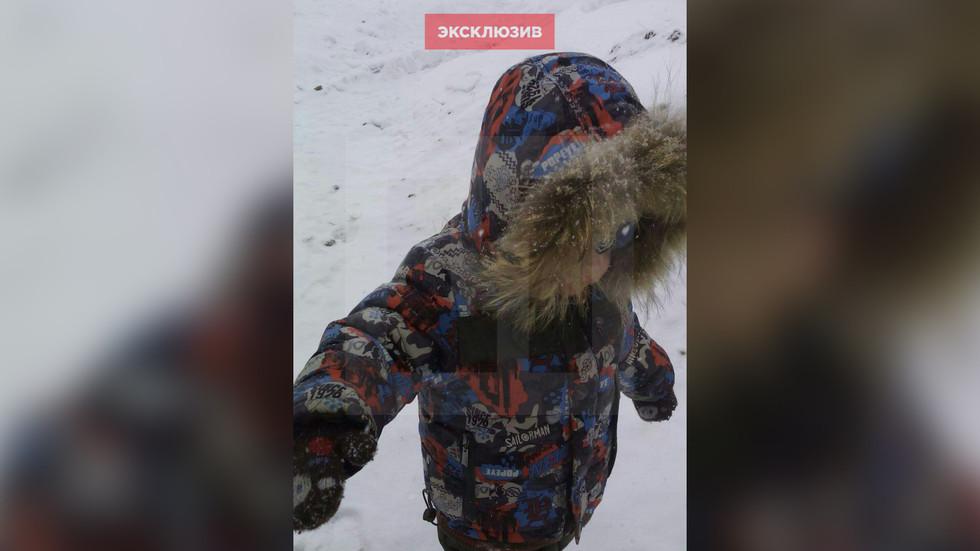 Собака спасла жизнь ребенку, согрев его своим теплом