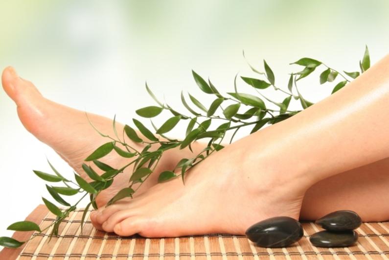 Китайская процедура массажа стоп – это простой способ расслабиться и мгновенно улучшить свое самочувствие