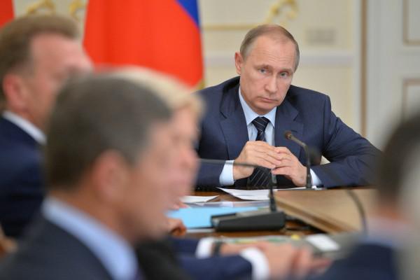 Деньги должны быть: Путин озвучил первую задачу для нового правительства