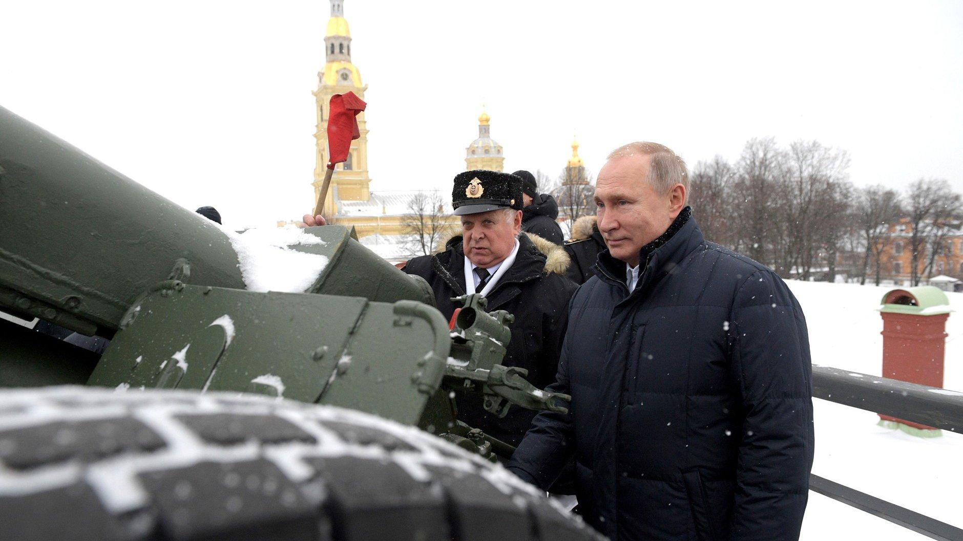 Путин отправится в Петербург с рабочей поездкой