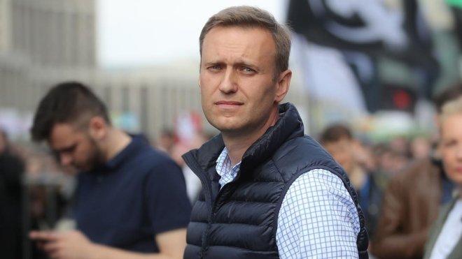 Навальный оторван от реально…