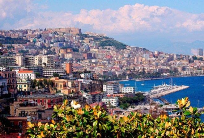 Противоречивый Неаполь