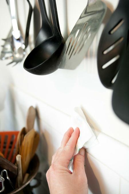 Как отмыть кухню от жира за 2 минуты