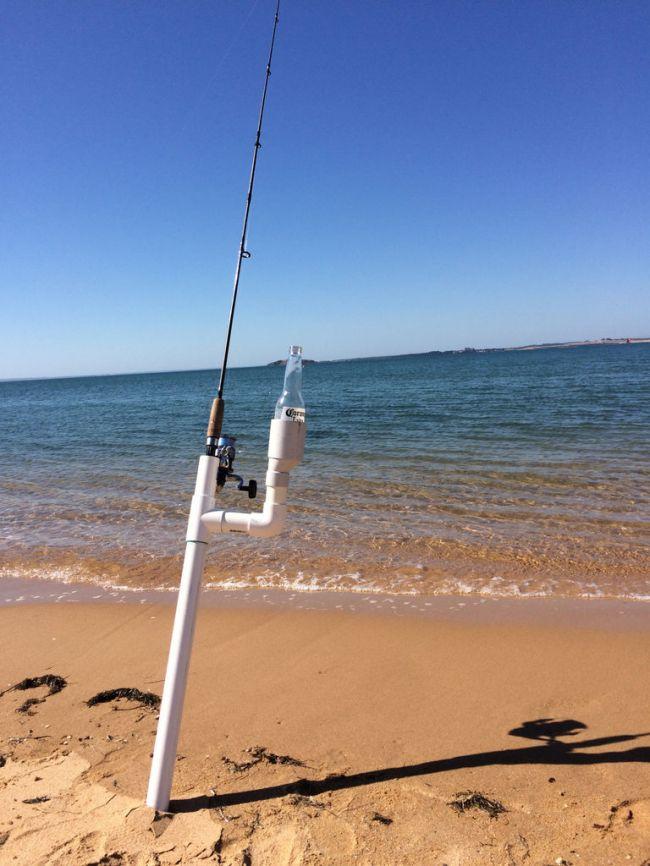Как сделать своими руками удобный держатель удочки для береговой ловли