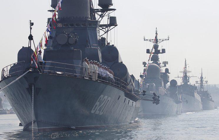 Украина намерена требовать вывода Черноморского флота из Крыма