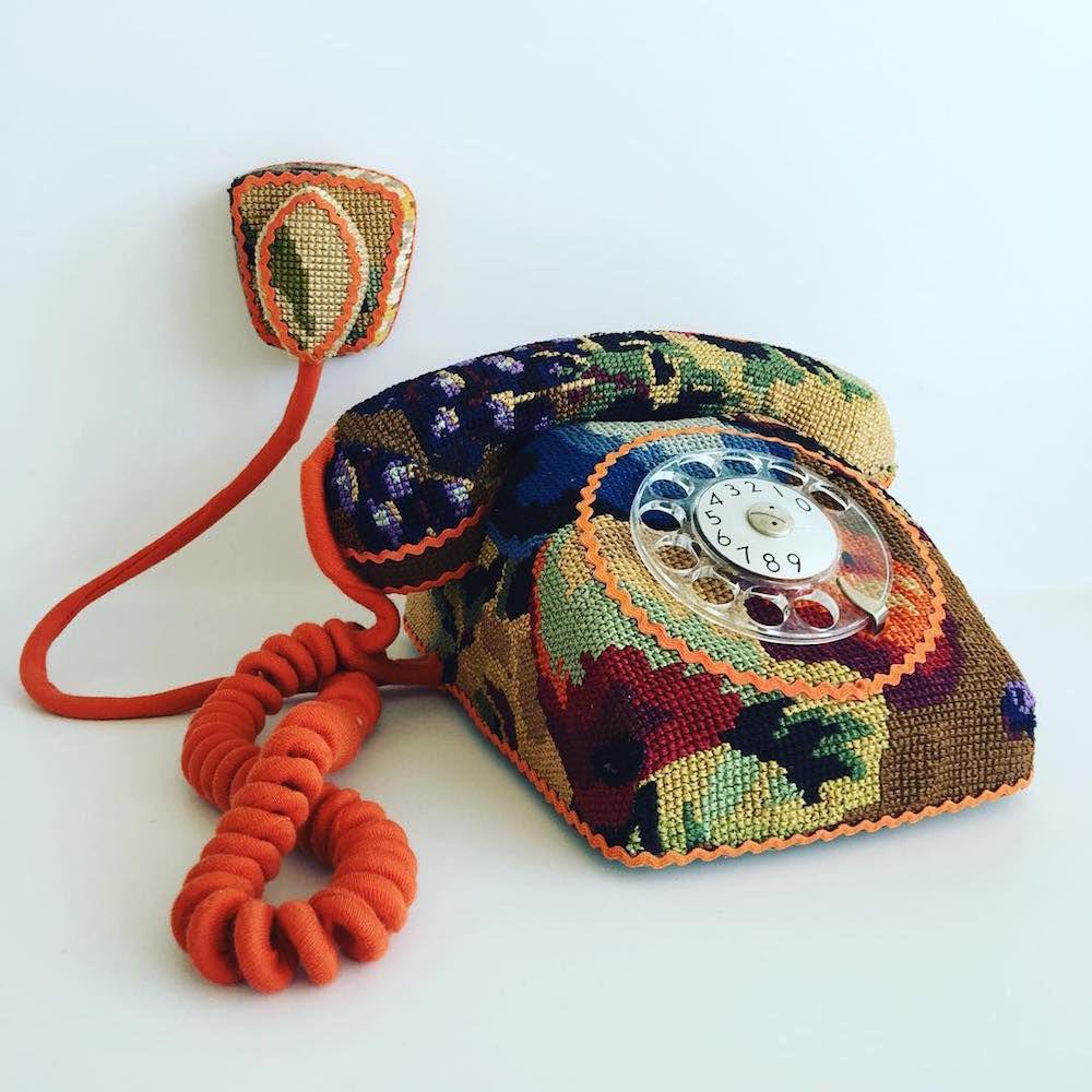 Ulla Stina Wikander и ее необычная коллекция «вышитых» бытовых предметов