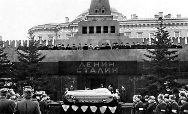 День, когда Сталин оставил Л…