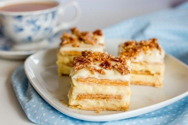 Самый вкусный торт из печенья с творожным кремом