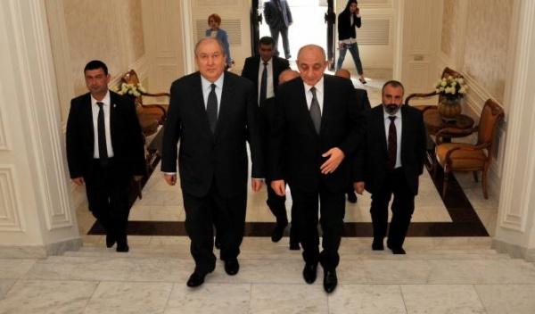 Президент Карабаха прибыл вЕреван ивстретился сАрменом Саргсяном