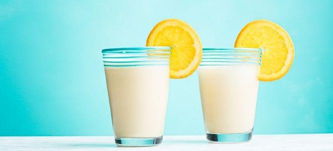 Молочный коктейль с апельсином в блендере
