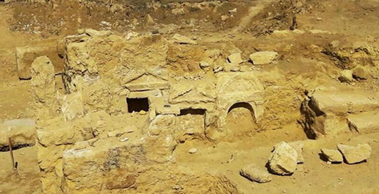 В сердце пустыни найден таинственный храм