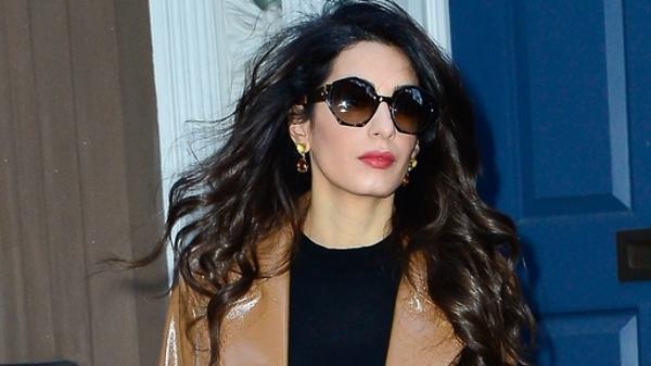 Образ дня: Амаль Клуни в Dia…