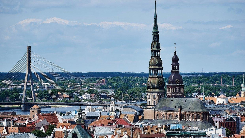 Задержанный в Латвии защитник русских школ объявил голодовку
