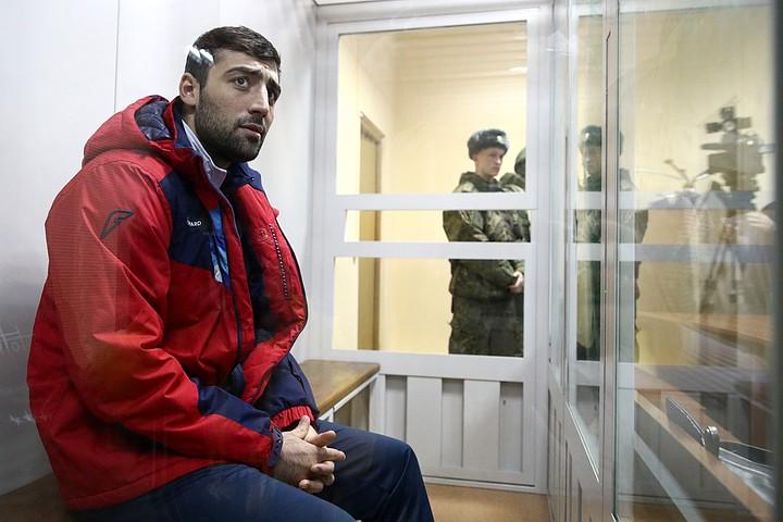 «В моче нашли кокаин, а на руке - след от укола»: Суд отказался отпускать боксера Георгия Кушиташвили под домашний арест