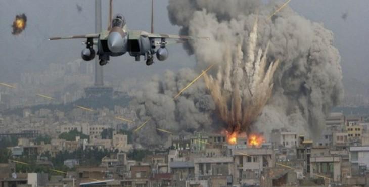 Армия Сирии: атаки возглавляемой США коалиции подтверждают их поддержку ИГ. После удара США по сирийской армии боевики начали наступление