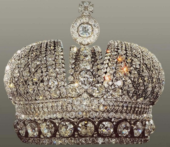 Малая императорская корона.
