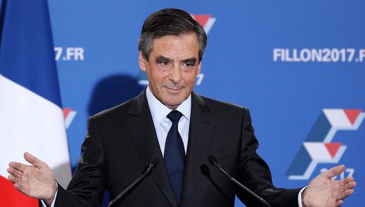 Кандидат в президенты Франции Фийон представил доказательства работы своей жены
