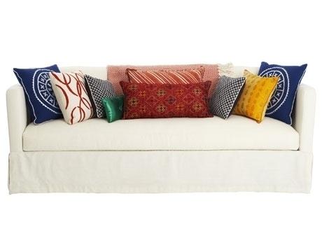 Диванные подушки: 6 идей оформления