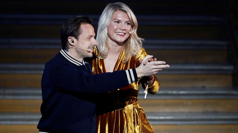 Ведущего церемонии вручения «Золотого мяча» обвинили в сексизме. Первый раз, когда соглашусь с этим.