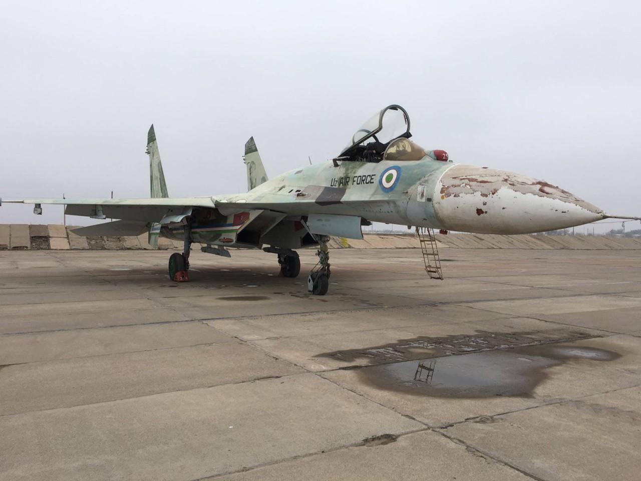 Американская компания предлагает на продажу самолеты ВВС Узбекистана