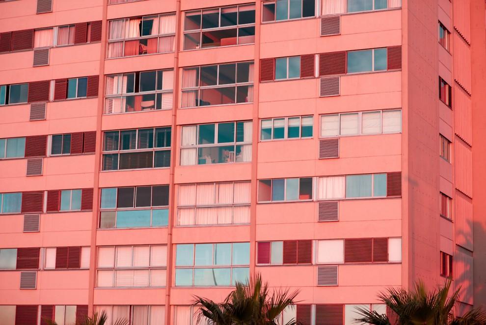 Мир в удивительных розовых красках в фотографиях Gabriella Achadinha