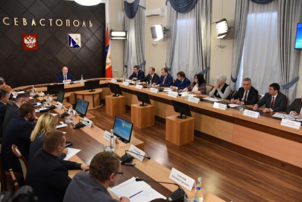 Правительству Севастополя не…