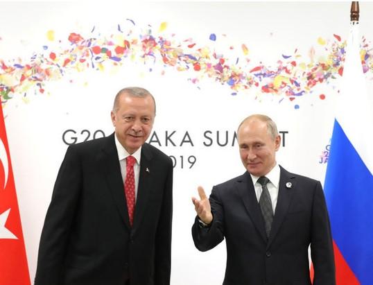 Турция угрожает всей своей боевой мощью России и Сирии
