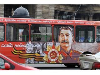 """""""Очернить Сталина!!"""" - Зачем тратить столько времени, денег и сил на человека, который умер много лет назад?!"""