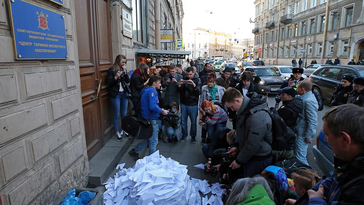 Новая революция против Путина: Павел Дуров с голым торсом на броневике