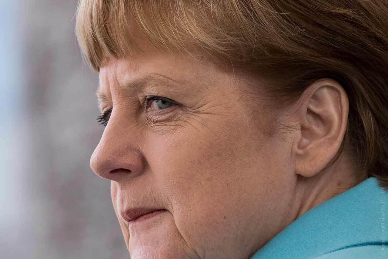 Меркель: ЕС и Великобритания находятся в решающей фазе Brexit