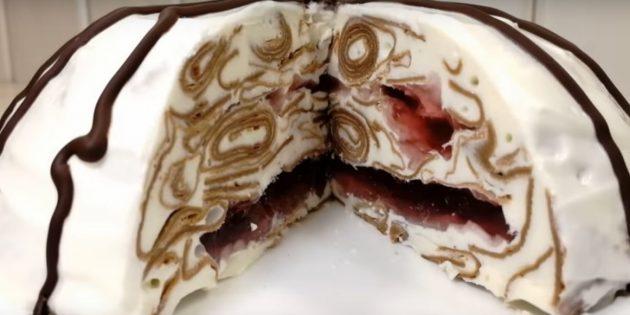 Рецепты: Блинный торт с клюквенным желе, сметаной и сгущёнкой