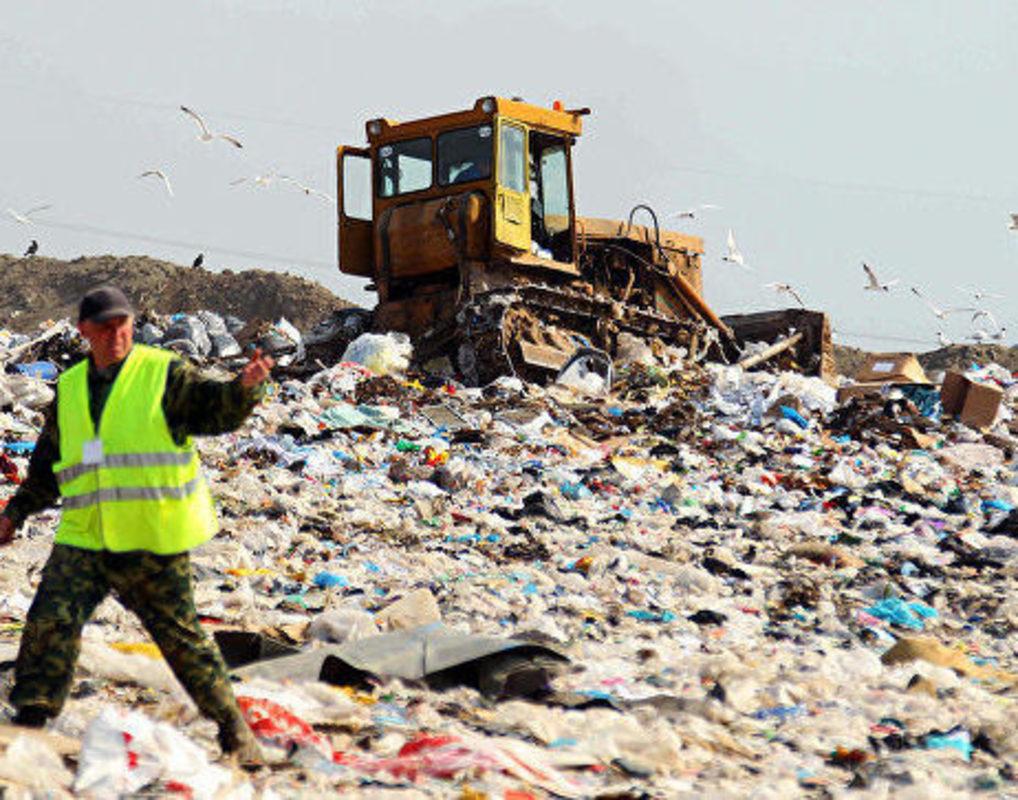 "Один бизнес - один сценарий. ""Лакомые мусорные миллиарды"".Астрахань -Волгоград."