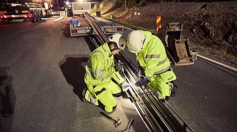 Первая в мире электрифицированная дорога для зарядки электромобилей открылась в Швеции автомобиль, в мире, дорога, зарядка, швеция