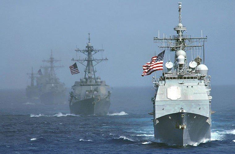 «ВМФ США нервно курит в стор…