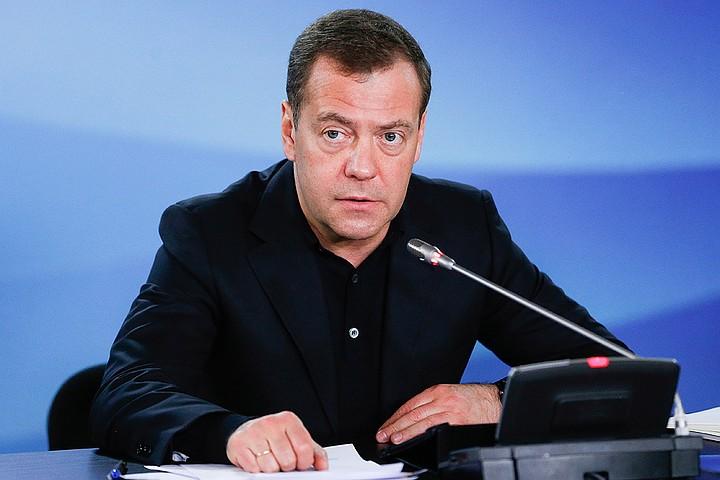 Дмитрий Медведев: «10 лет назад рыба в магазинах была не из России, а неизвестно откуда!»