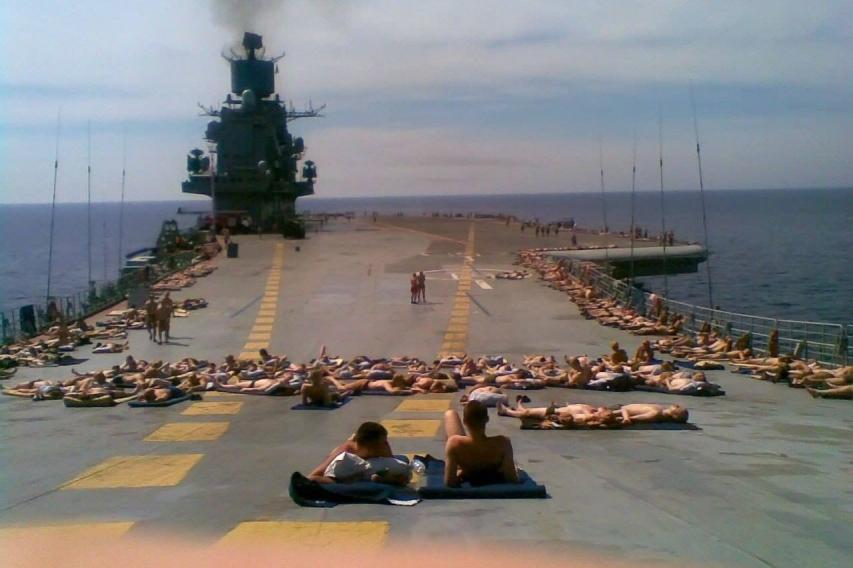 «Адмирал Кузнецов» признан худшим авианосцем в мировой истории