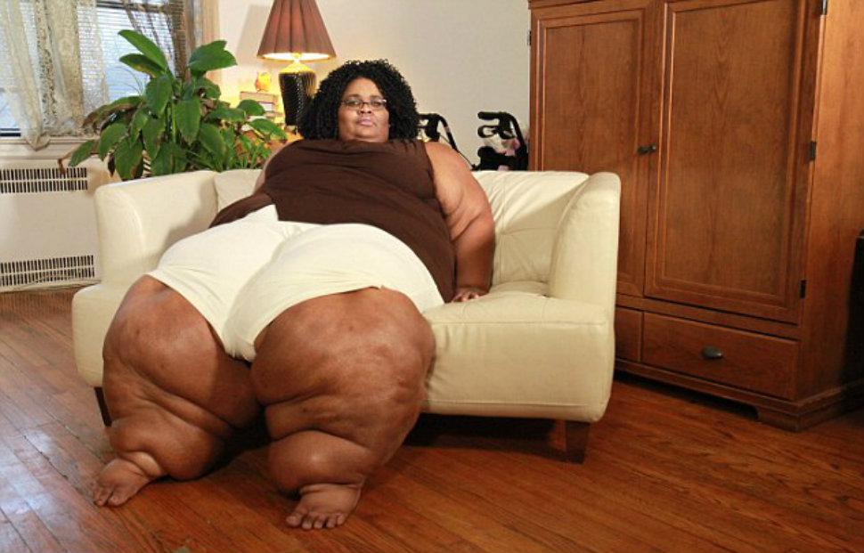 Девушка с огромными ногами тоже мечтает о красивой свадьбе