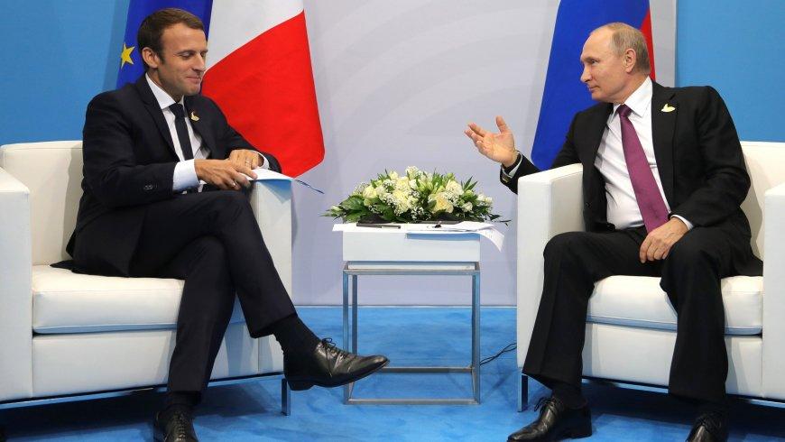 СМИ Франции: Макрон разрабат…