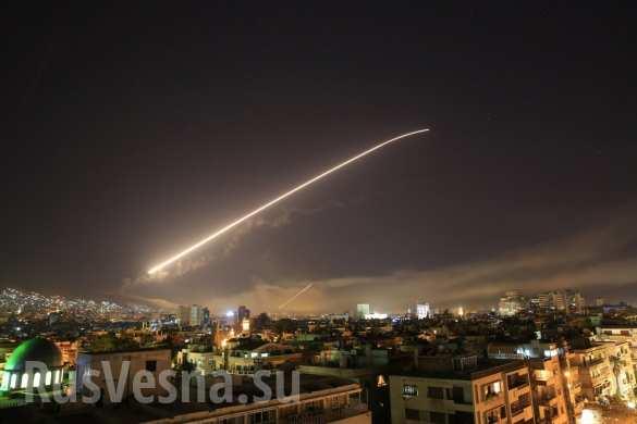 МОЛНИЯ: Первый удар Коалиции США нанесён по Дамаску, чаcть ракет сбита силами ПВО