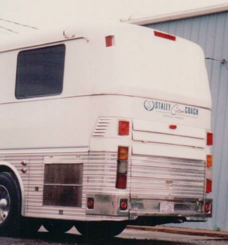 tracy lawrence tour bus # 2