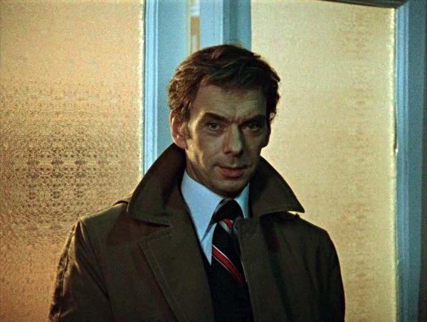 «Москва слезам не верит»: слесарь Гоша был американским шпионом
