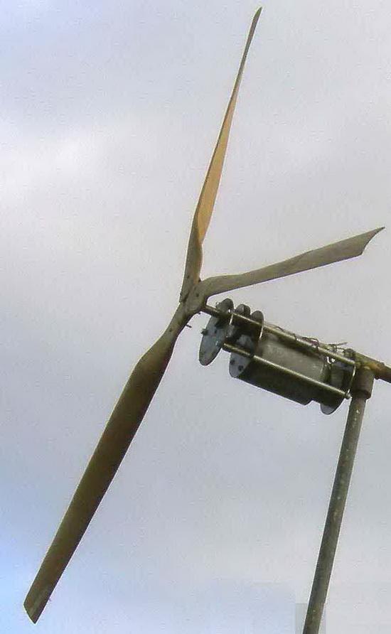 Самодельный ветряк с генерат…
