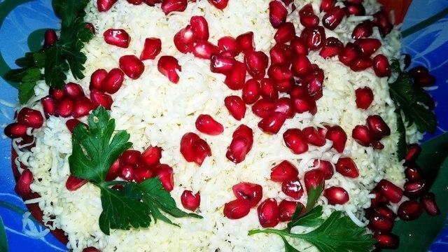 Фото к рецепту: Салат из 3 ингредиентов.