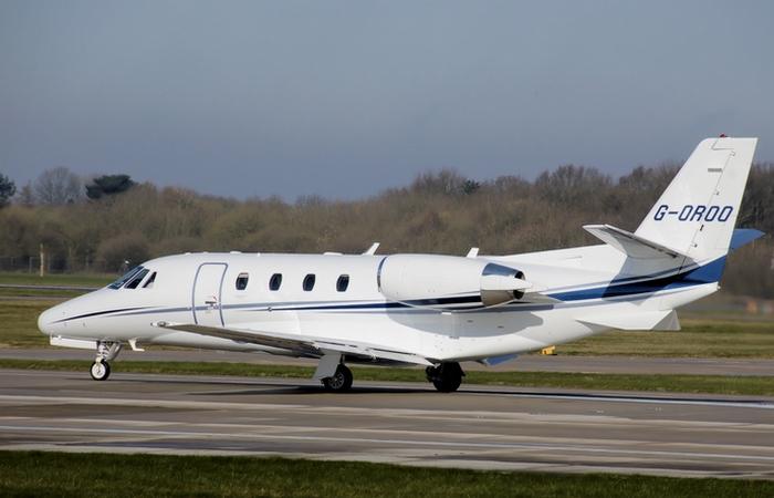 Частный самолет Cessna Citation Excel.