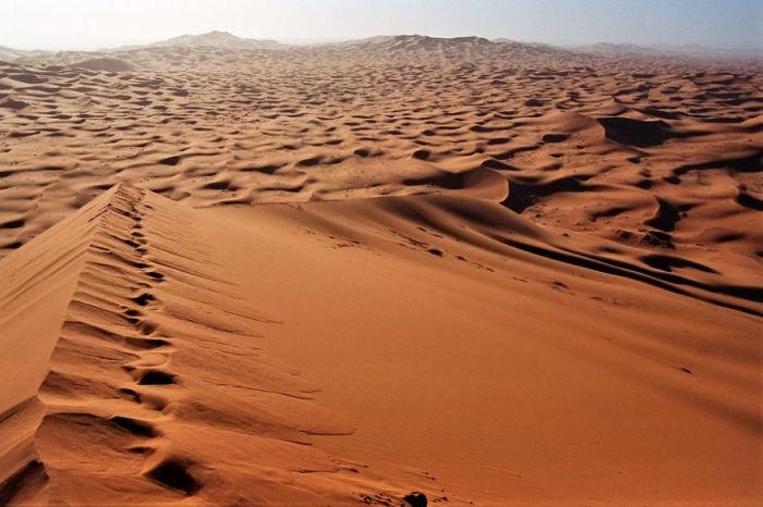 Песчаные дюны Мерзуга, завораживающие своими необычными формами.