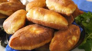 Фото к рецепту: Вкусные пирожки без дрожжей с интересной начинкой. Быстро, Просто на Вкус как дрожжевые!