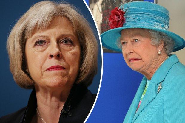 Королева Британии предложила России голову Мэй