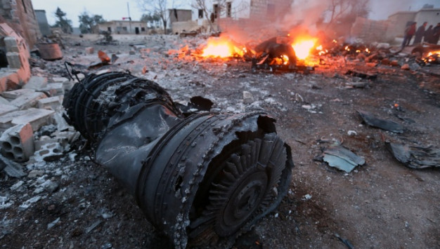 СМИ узнали подробности инцидента с Су-25 в Сирии:Летчик принял бой на земле